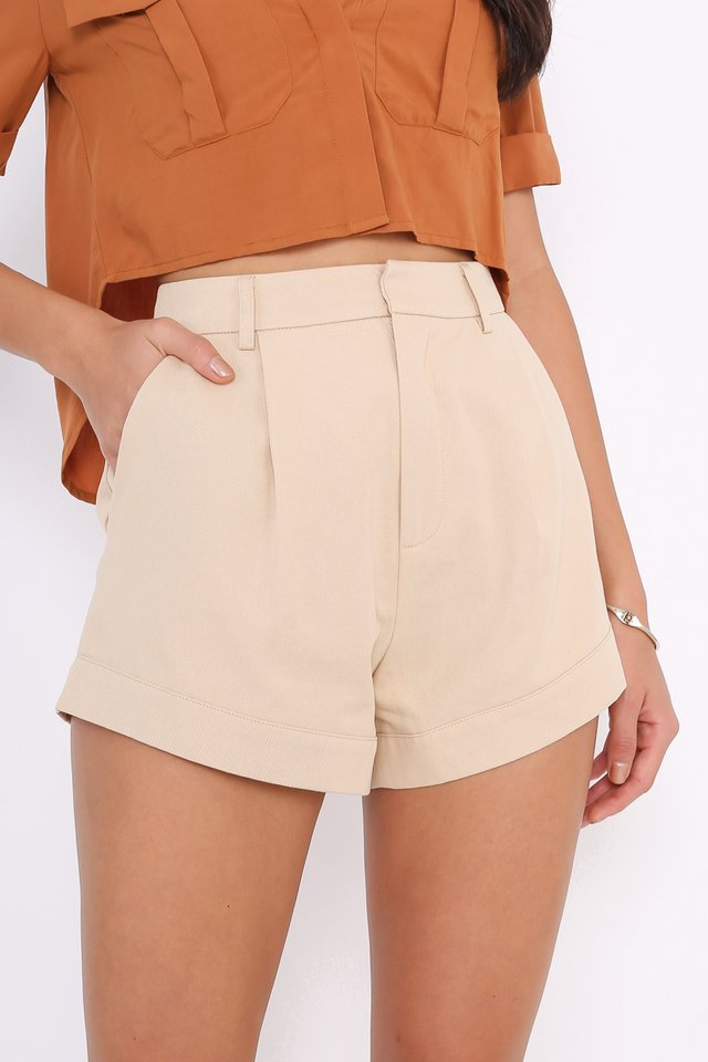 *BACKORDER 3* CHARLIE CURVED HEM SHORTS (BEIGE)