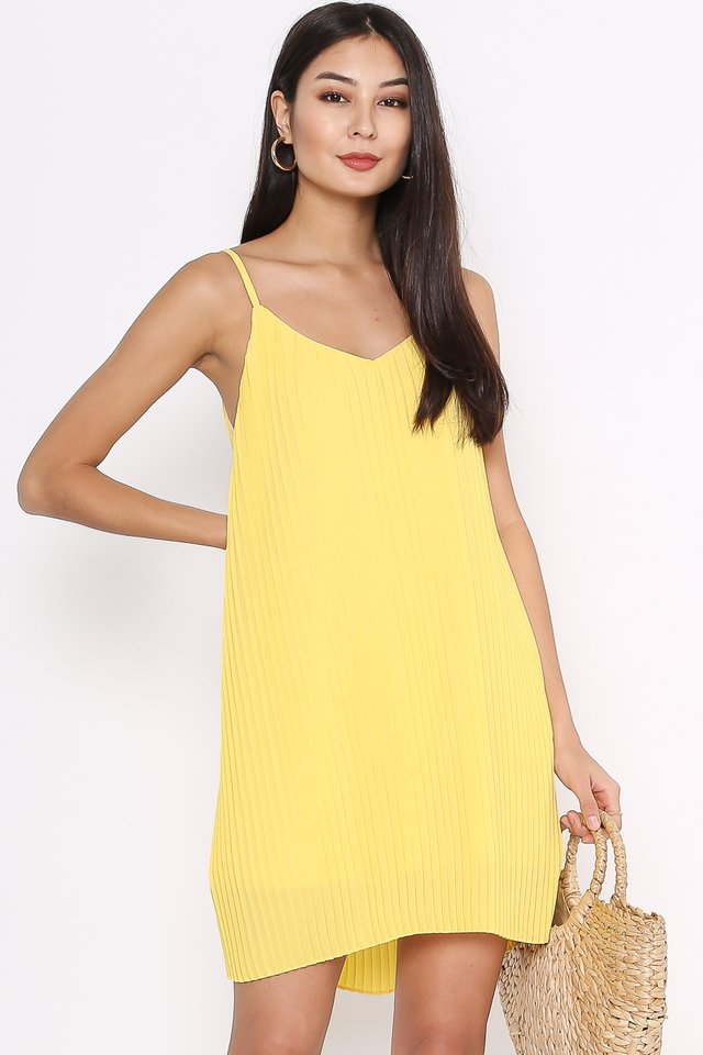 PENNY PLEATED DRESS (YELLOW)