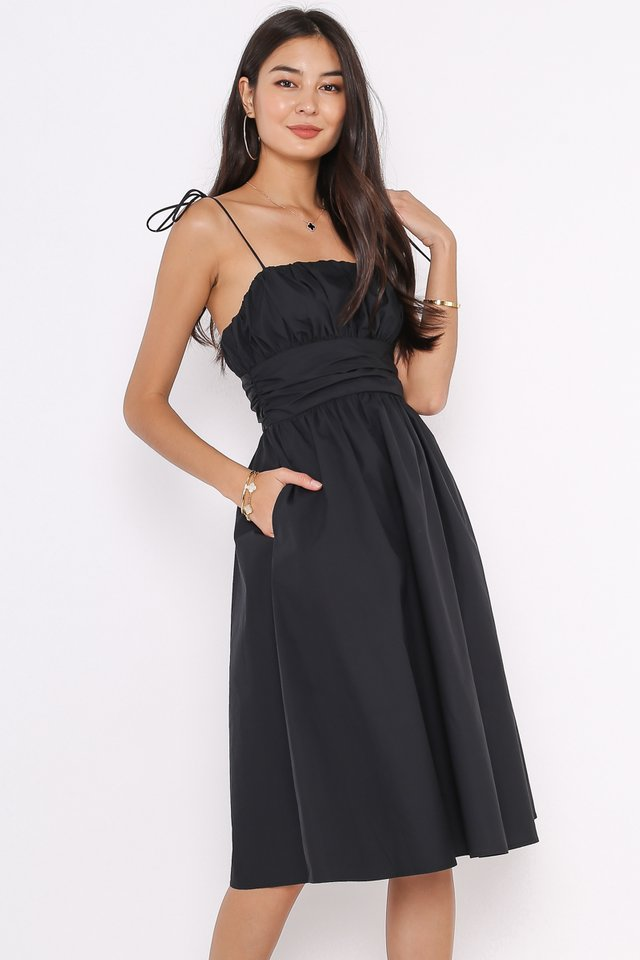 TAYLOR TIE STRING DRESS (BLACK)