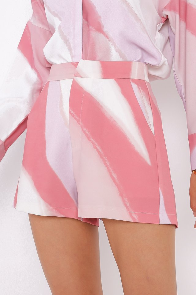 ARLEE ABSTRACT SHORTS (PASTEL)
