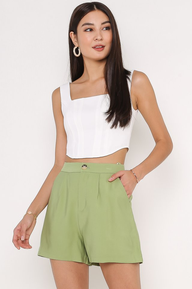 CATHY CURVED HEM TOP (WHITE)