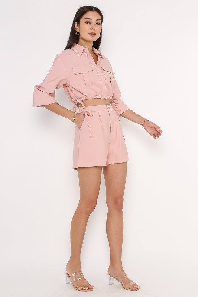 DANIELLE DOUBLE POCKET SHORTS (STRAWBERRY PINK)