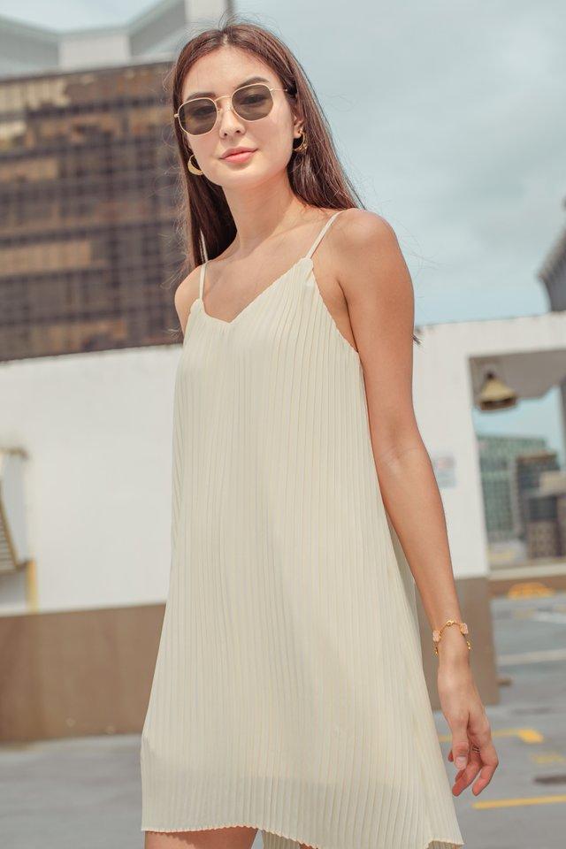 PENNY PLEATED DRESS (VANILLA CREAM)