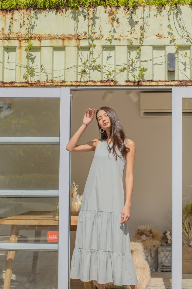 TRICIA TIERED MAXI DRESS (DUSTY BLUE)