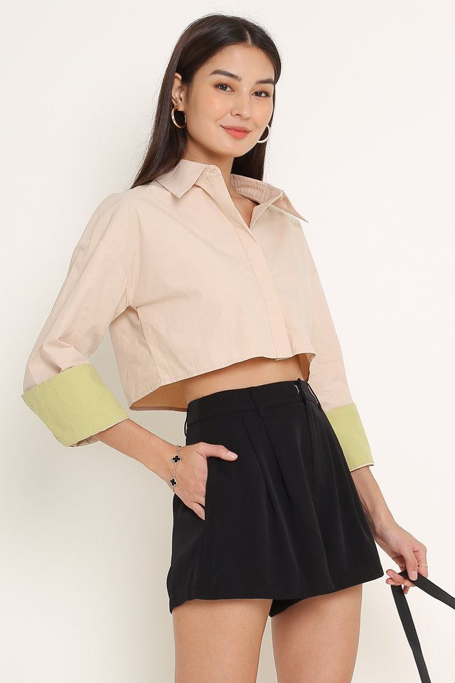PERRY PLEATED SHORTS (BLACK)